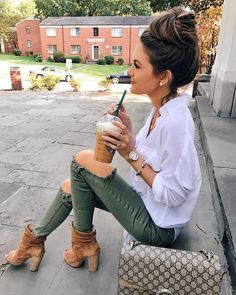 Womens Fashion Fashion Outfit Fall outfit ideas Casual outfit Caitlin Covington Southern Curls and Pearls Fall Fashion Outfits, Casual Fall Outfits, Fall Winter Outfits, Look Fashion, Autumn Fashion, Summer Outfits, Cute Outfits, Womens Fashion, Ladies Fashion