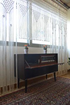 #macrame #macramecurtain #curtain #boho #bohemian #homedecor #interiordecor #handmade #wallhanging #modernmacrame #vintage #handmade #bohochoco