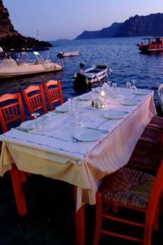 The Londoner: Santorini, Greece