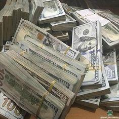 Mo Money, How To Get Money, Make Money Online, Money On My Mind, Dollar Money, Money Stacks, Rich Money, Money Affirmations, Wealth