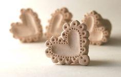 Biscuit sello de cerámica corazón de encaje encaje por GiselleNo5