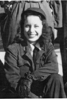 Image from http://www.womensmemorial.org/News/images/WASP_Rodgers.gif.