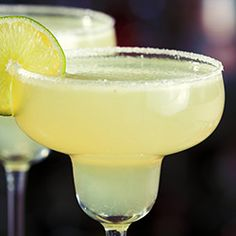 Drink Margarita Margarita Drink, Triple Sec, Beverages, Drinks, Tequila, Finger Foods, Smoothies, Food And Drink, Tableware