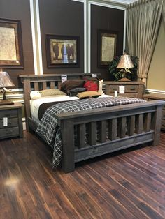 Rustic yet refined, sturdy and inviting, this masterful bedroom set is suited for a king or queen! With the neutral wood tone and simple head and footboard design, you can feel free to pair this gorgeous bed with any bedding of your choice! Style is achieved without sacrificing quality in this bedroom and you can come see it TODAY at Gallery Furniture! | Houston TX | Gallery Furniture |