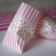 Pink Floral Paper Candy Bags Pack of 25