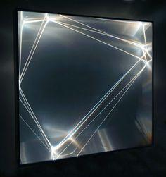 CARLO BERNARDINI, Catalizzatore di Luce  2006, fibre ottiche, superficie olf, plexiglass, alluminio, h cm 95x100x25.