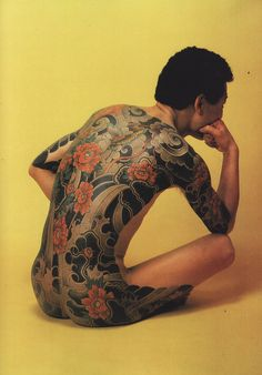 Absolutely in love with the flowers and water Irezumi Full Back Tattoos, Full Body Tattoo, Body Art Tattoos, Tribal Tattoos, Japanese Back Tattoo, Japanese Tattoo Designs, One Piece Tattoos, Bodies, Carpe Koi