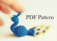 Tiny Crochet Peacock - Peacock Pattern - Small Bird Pattern - Peacock Tutorial - Amigurumi Pattern - Royal Blue - PDF PATTERN (ENGLISH only)