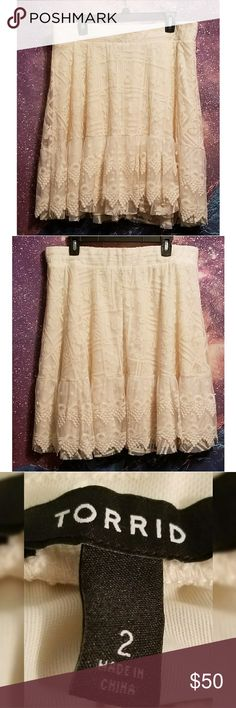 ♡ $20 Sale Torrid White Lace Skater Circle Skirt Gorgeous lace skirt from Torrid size 2 excellent condition torrid Skirts Circle & Skater