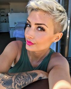 30 Best Short Haircuts for Fine Hair - New Hair Styles 2018 Short Hairstyles Fine, Cute Short Haircuts, Haircuts For Fine Hair, Cool Haircuts, My Hairstyle, Undercut Hairstyles, Hairstyle Ideas, Short Hair Cuts, Short Hair Styles