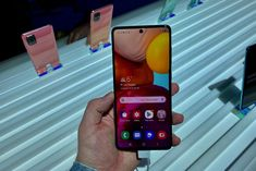 Samsung is preparing to reveal the Galaxy range in less than a month, but judging by the latest leak, there may not be too much to unveil. Smartphone News, Best Smartphone, Best Android Phone, Macro Camera, Shooting Video, Big Battery, Sd Card, Tech News