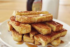 French Toast Sticks, makes 2-3 servings.  4-5 slices of bread (I used an Italian loaf) 4 eggs 2 tablespoons cream (I used half and half) 1/2 teaspoon vanilla extract a generous sprinkle of cinnamon
