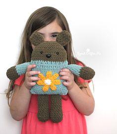 Bernat Crochet Square Bear – Repeat Crafter Me – Granny Square Crochet Hook Set, Crochet Bear, Crochet Gifts, Crochet Dolls, Knitted Dolls, Crochet Animals, Granny Square Crochet Pattern, Crochet Squares, Granny Squares