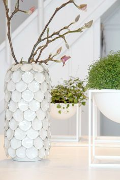 Dot Vase by House Doctor DK: styling inspiration by Have a dream. Get yours here: http://www.atnumber67.co.uk/en/o/dot-vase-l