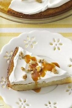 This creamy, comforting pie lives up to its name! There's only 15 minutes of prep work involved, thanks to Bisquick. Whipped topping and sweetened condensed milk—and those bananas ripening on the counter—get the party started, and caramel sauce and walnut No Bake Desserts, Just Desserts, Delicious Desserts, Yummy Food, Cold Desserts, Bisquick Recipes, Pie Recipes, Dessert Recipes, Amish Recipes