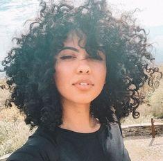 Curly Hair With Bangs, Short Curly Hair, Curly Girl, Curly Hair Styles, Natural Hair Styles, Cute Natural Hairstyles, Afro Hairstyles, How To Grow Natural Hair, Natural Curls