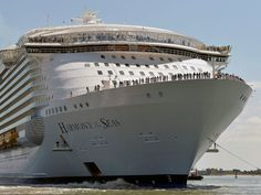 World's largest cruise ship - 2016 shows the Harmony of the Seas cruise ship as it sails from the STX Saint-Nazaire shipyard, western France, out to sea. Royal Caribbean International, Royal Caribbean Ships, Royal Caribbean Cruise, Biggest Cruise Ship, Coast Guard Stations, Harmony Of The Seas, Out To Sea, Cruise Travel, France