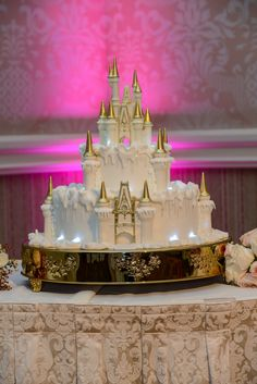 A winter storm hits Cinderella Castle this Wedding Cake Wednesday