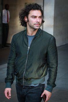 Aidan-Turner-BBC-Radio-One-Studios-Street-Style-Fashion-Tom-Lorenzo-Site (1)