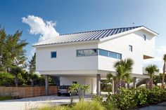 Seagrape House - contemporary - Exterior - Tampa - Traction Architecture