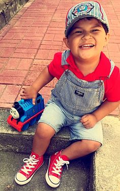 cb36d45142cb 27 Best Toddler boy converse outfits images