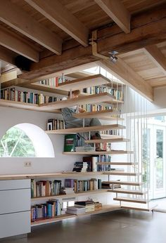 Love how open this space is, but the stairs would probably not work for people with kids... But that is a very pretty space ;)