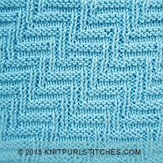 The Rib and Welt Diagonal is a great reversible knit and purl pattern and looks sidentical on both sides | knitpurlstitches.com