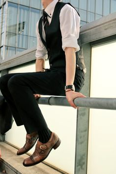 Izuku is now off to college, but when financial problems start to pop… # Fanfic # amreading # books # wattpad Handsome Men Quotes, Boy Outfits, Fashion Outfits, Casual Outfits, Korean Fashion, Mens Fashion, Pose Reference Photo, Look Man, Human Poses