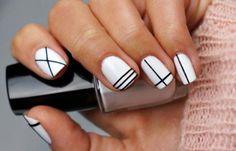Diseños de uñas fáciles de hacer, Diseños de uñas fáciles rayas.  Follow! #manicuras #unhas #uñasdeboda