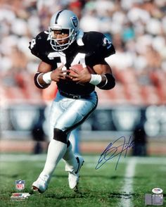 Bo Jackson Autographed 16x20 Photo Oakland Raiders PSA/DNA!
