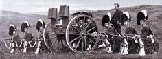 Maxim Gun detachment of Seaforths in Britain. The detachment was almost wiped out providing supporting fire to the Highland Brigade at the Battle of Magersfontein on December 1899 British Armed Forces, British Soldier, British Army, Military Art, Military History, Royal Horse Artillery, Non Commissioned Officer, World Conflicts, Crimean War