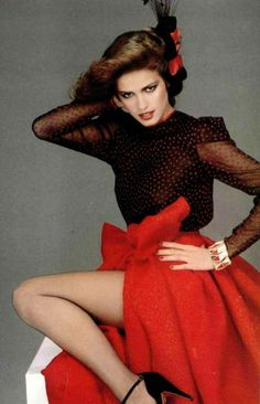 Gia Carangi 70s Fashion, Fashion History, Fashion Models, Vintage Fashion, Fashion Outfits, Vintage Dior, Natalia Vodianova, Lily Aldridge, Claudia Schiffer
