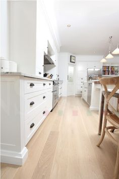 Images of American Oak Timber Flooring projects by NS Timber Flooring of Brisbane Wood Floor Kitchen, Kitchen Flooring, Laminate Flooring, Marble Benchtop, White Oak Floors, Maple Floors, Light Hardwood Floors, Shaker Kitchen, Piece A Vivre