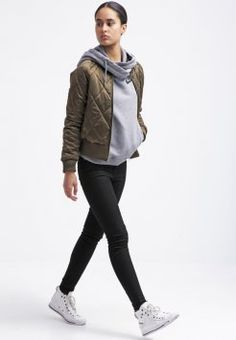 Nike Sportswear - RALLY FUNNEL - Genser - carbon/cool grey/black