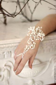 Купить Браслет для невесты. Свадебный браслет - белый, браслет, Браслет ручной работы, браслет на руку
