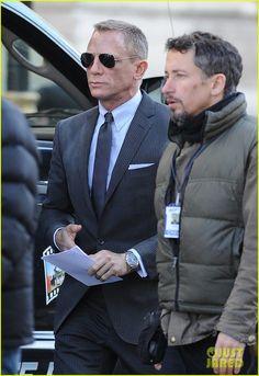 Skyfall Daniel Craig Suit, Daniel Craig Skyfall, Daniel Craig James Bond,  Judi Dench 2e393ff41221