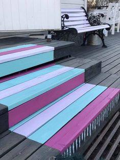 Maalattu matto   Meillä kotona Backyard Cabana, Beach Patio, Painted Wooden Floors, Lake Decor, Pula, Balcony Design, Outdoor Living, Outdoor Decor, Cottage Design
