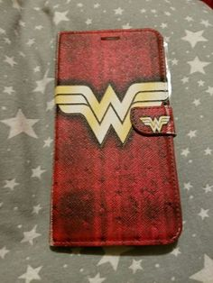 Batman And Batgirl, Superman, Best Superhero, Wonder Women, Geek Out, Kawaii Cute, Cool Items, Phone Covers, Gifts For Mom
