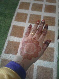 My henna tatoo.. 🌸🌸🌸🌸