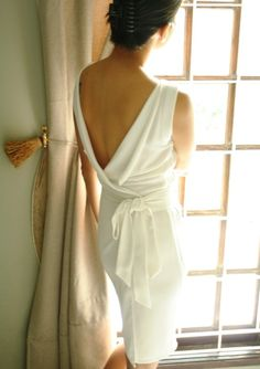 if i was going to wear a short dress, this would be it! just beautiful coming and going -- MoonCircus on etsy