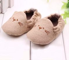 Cute Knitted Beaver Booties for Toddlers