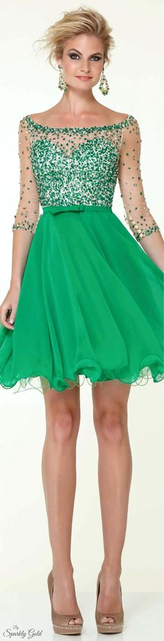 Use this for a elegant Tinkerbell costume