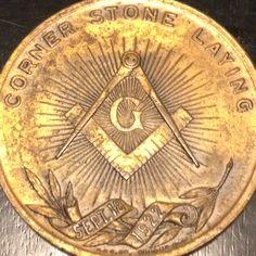 Reverse of masonic medallion