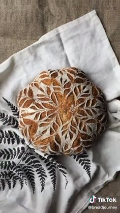 BreadJourney on TikTok Artisan Bread Recipes, Sourdough Recipes, Sourdough Bread, Cornbread Recipes, Jiffy Cornbread, Yeast Bread, Bread Shaping, Bread Art, Clay Food
