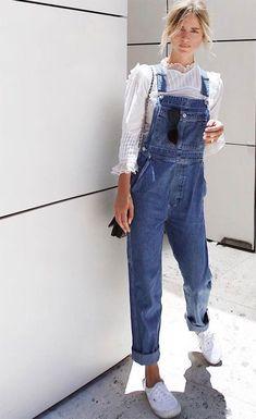 11 provas que o macacão jeans ainda é muito cool » STEAL THE LOOK Party Fashion, Look Fashion, Autumn Fashion, Fashion Outfits, Womens Fashion, Jeans Fashion, Street Fashion, Travel Outfits, Fashion Clothes