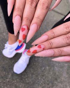 Small Hearts Nail Art Design nails 12 Super Cute DIY Valentine's Day Nail Designs Heart Nail Designs, Valentine's Day Nail Designs, Unique Nail Designs, Heart Nail Art, Heart Nails, Aycrlic Nails, Stiletto Nails, Manicure, Fire Nails