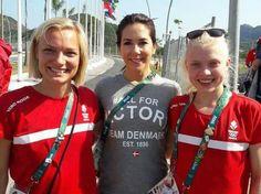 Kronprinseparret var fredag på besøg i OL-byen.  Danmarks Kronprinspar hoppede på cyklerne rundt i OL byen, hvor de besøgte både de danske og australske atleter 😊