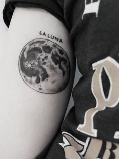 160+ Mystifying Moon Tattoo Designs And Meanings nice