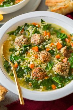 The BEST Italian Wedding Soup! A delicious and hearty soup made with bite size herbed beef and pork meatballs, veggies and acini de pepe pasta. Italian Soup Recipes, Italian Wedding Soup Recipe, Wine Recipes, Great Recipes, Cooking Recipes, Healthy Recipes, Cooking Tips, Cooking Videos, Recipe Ideas