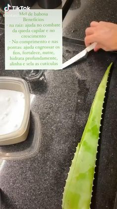 Natural Hair Care Tips, Curly Hair Tips, Curly Hair Styles, Natural Hair Styles, Aloe Vera, Silver Hair, Beauty Routines, Hair Hacks, Healthy Hair